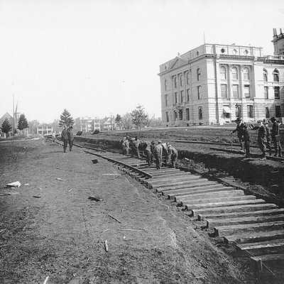 Capitol & H Railroad