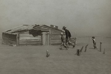 Photo of farm in dust storm of 1930's 0801_0501