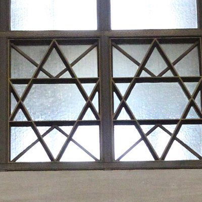 Windows in Memorial Chamber 0900_0103